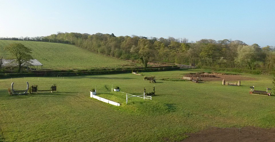 Muirmill-Equestrian-Centre-Competition-yard-eventing-